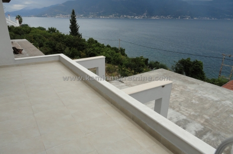 House With A Beautiful View Of The Sea Krasici Mintenegro